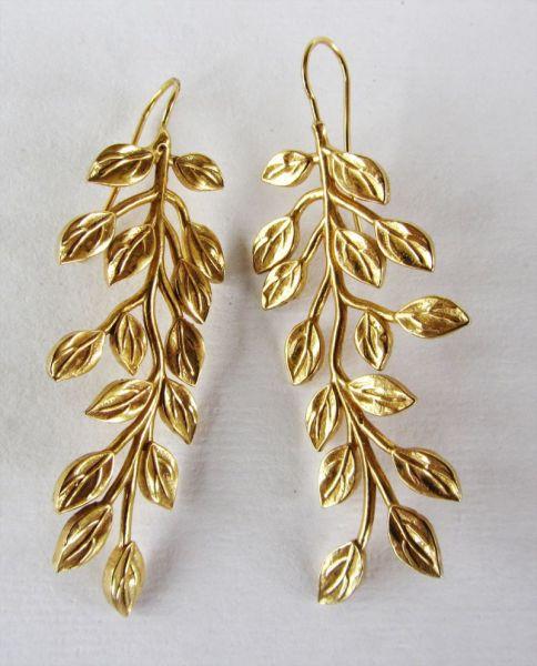 pendientes-oro-amarillo-hojas-de-fresno-maxi-nucca-invitada